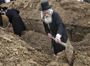 rabbis-rebury-60-jews-killed